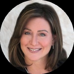 Lisa Spiwak Circle Headshot