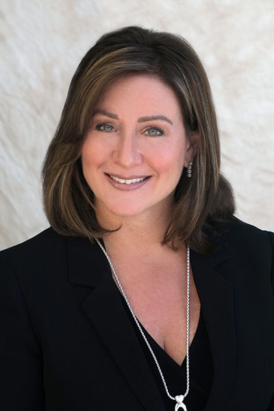 Lisa Spiwak Headshot